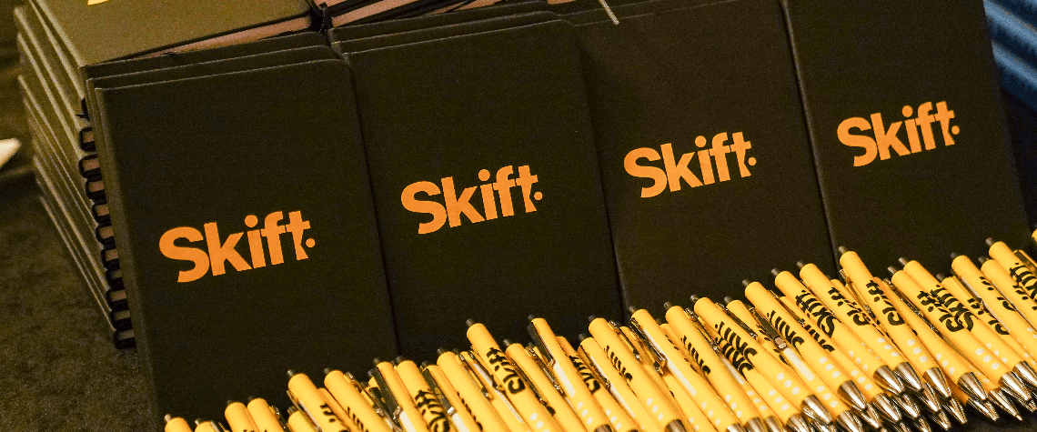 Skift notebook and pens