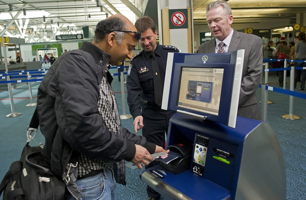 Chicago-O'Hare will be first U.S. airport to get expedited passport screening