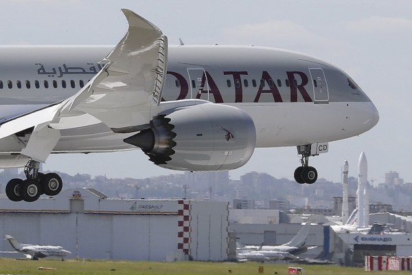 Dreamliner Grounded for Days Amidst Reports of New Electrical Problems