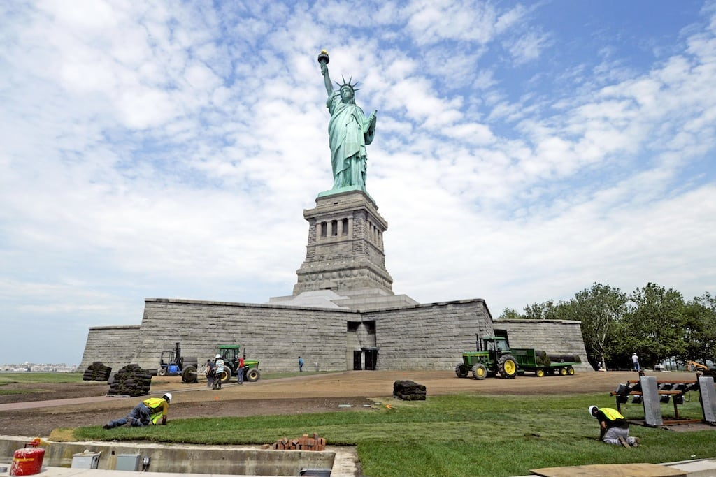 Statue of Liberty To Reopen This Weekend, After New York State Pays For It