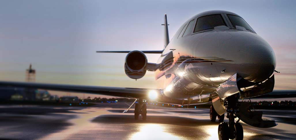 Warren Buffet Is Taking His NetJets to China's Booming Market