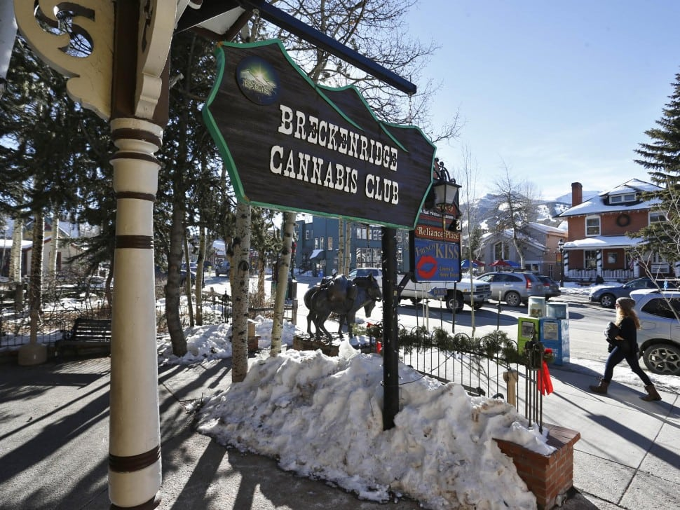 Colorado Resorts Fret Over Pot-Induced Rocky Mountain Highs
