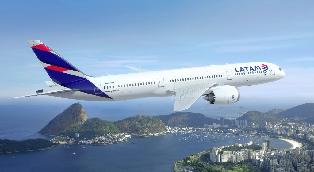 Qatar Airways Invests in LATAM Airlines With 10 Percent Stake