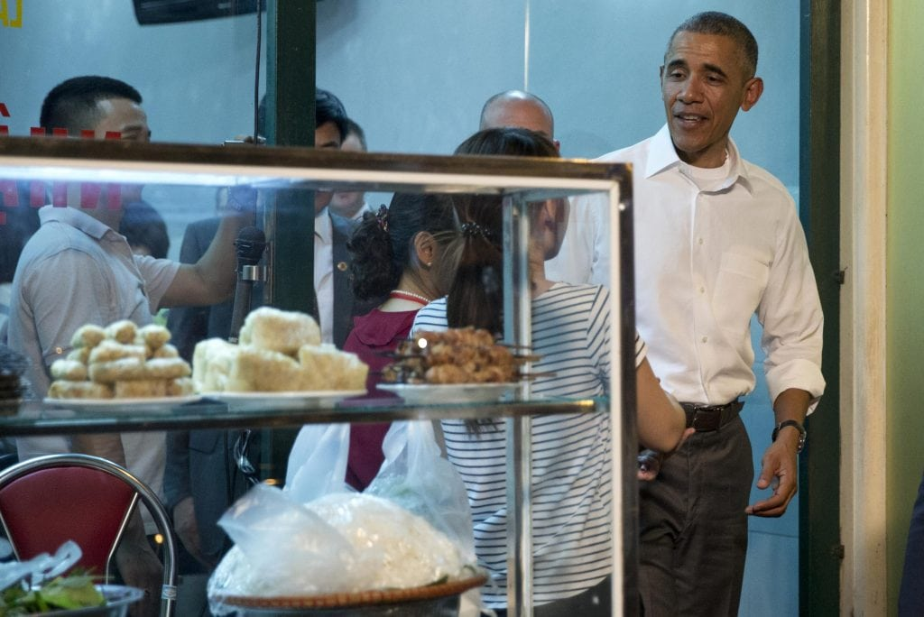 Anthony Bourdain and President Obama Film 'Parts Unknown' Together in Hanoi
