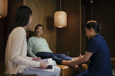 Airline Lounges Up the Ante on Spa Perks for Ultra-Rich Male Passengers