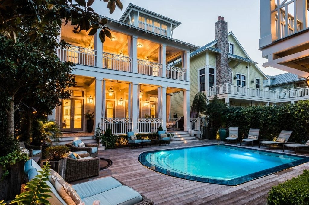 Choice Hotels Expands Its Vacation Rental Portfolio with Listings from RedAwning