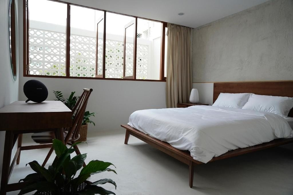A homeshare in the Phra Khanong neighborhood of Bangkok that can be booked through the Singapore-based reservation company's website. Agoda is expanding its non-hotel accommodations.