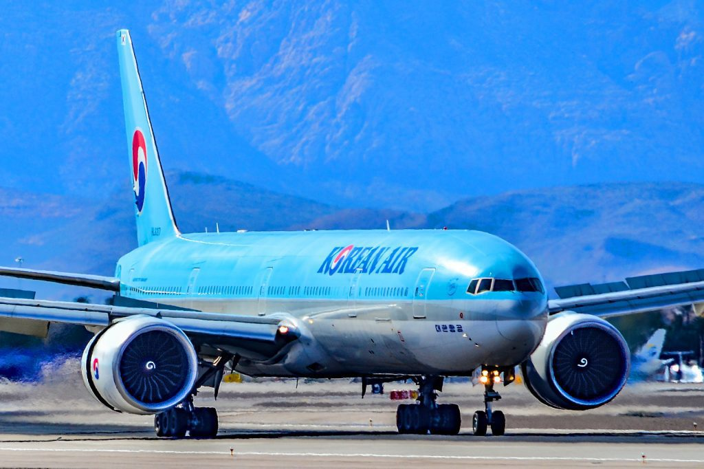 Korean Air Feud Escalates as Activist Fund Offers to Buy Delta Stake