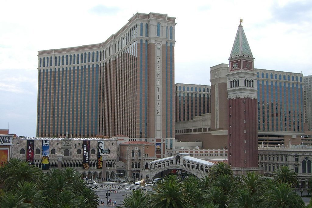Investment fund Apollo Global Management is set to buy Las Vegas Sands' Venetian Resort and Sands Expo and Convention Center for $6.25 billion.